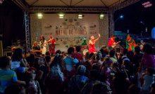 Primeiro fim de semana de programação natalina reúne famílias na Praça da Lagoa