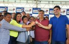 Governador entrega escola, kits de irrigação e ambulância para Cururupu