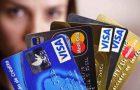 Juros do cartão de crédito cai e têm menor nível em 2 anos