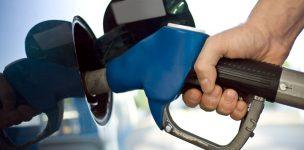 Postos já repassam ao consumidor aumento de tributos sobre combustíveis