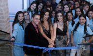 Scheila Carvalho prestigia inauguração de Clínica de Estética