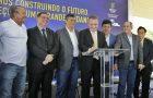 Flávio Dino reconhece o esforço do prefeito Luis Fernando para o desenvolvimento da educação