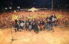 Ora São Luís encerra semana de retiros com multidão na Praça Maria Aragão