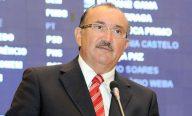 César Pires reafirma seu apoio aos professores e justifica emenda à MP 272