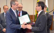 Secretário Carlos Lula toma posse como vice-presidente do Conass para a Região Nordeste