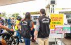 Procon determina redução no preço da gasolina em postos de combustíveis