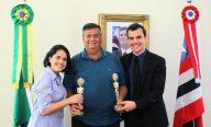 Flávio Dino recebe produtores de filme maranhense premiado no Festival de Cinema de Gramado