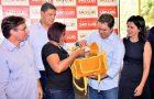 Edivaldo entrega novos fardamentos e equipamentos a agentes de combate a endemias