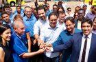 Na praça Maria Aragão, Osmar Filho participa da entrega de novos ônibus